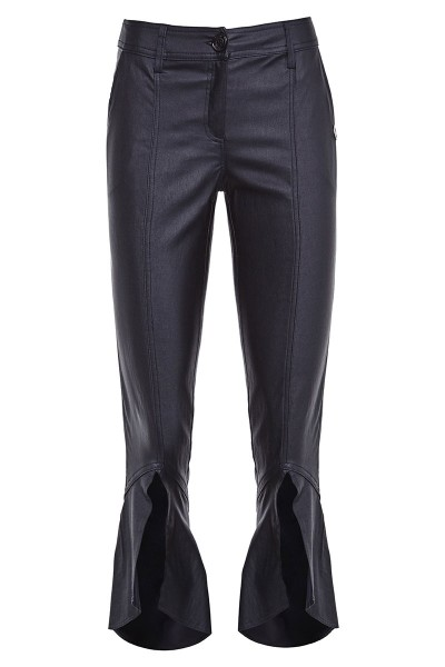 Cropped Pants with Unique Finish on the Knee
