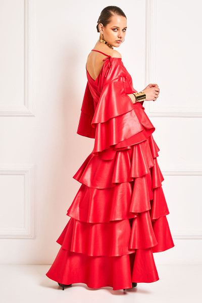 High-Waisted Ruffled Skirt