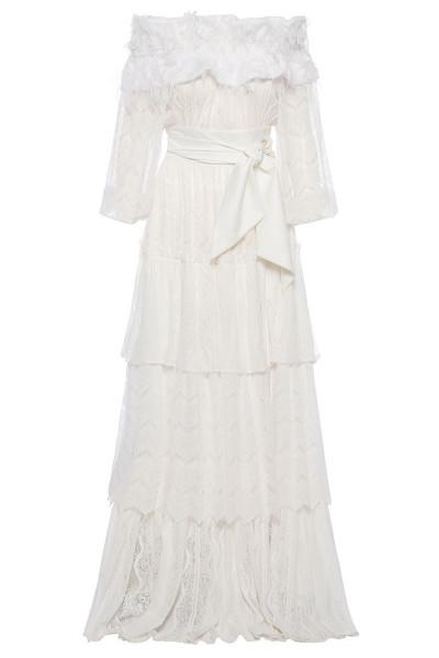 Μακρύ Φόρεμα Δαντέλα Με Επάλληλα Βολάν Και Λεπτομέρεια Με Κρόσσια Στο Ντεκολτέ