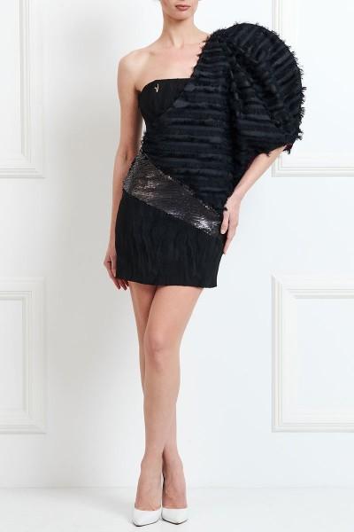 Φόρεμα με Εντυπωσιακό Μανίκι