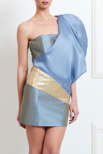 Φόρεμα με Μεγάλο Μανίκι